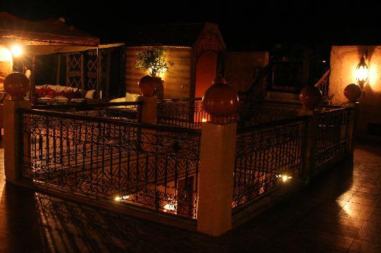 Kasbah Le Mirage: Sympa la terrasse le soir