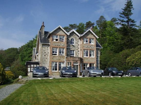 Duisdale House Hotel: DUisdale House with Boxsters