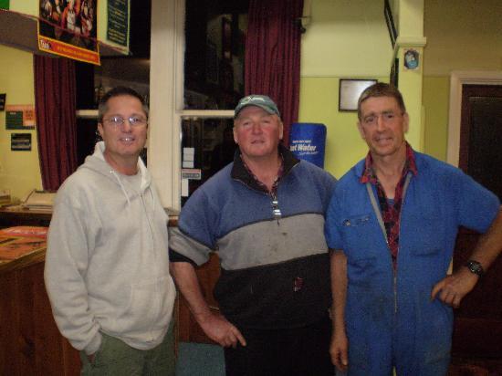 """Masonic Tavern : Just One of the """"Regulars"""""""