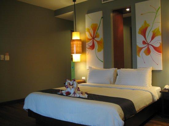 Chongfah Beach Resort: Bedroom