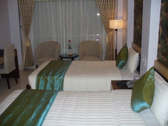 Hanoi City Palace Hotel: Zimmer_1