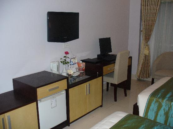 Hanoi City Palace Hotel: Zimmer_2