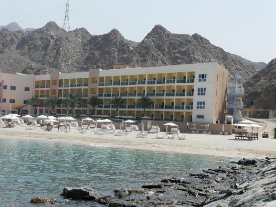 Radisson Blu Resort Fujairah: Blick auf den nördlichsten Hotelblock