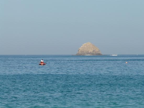 Radisson Blu Resort Fujairah: Bademeister im Dienst