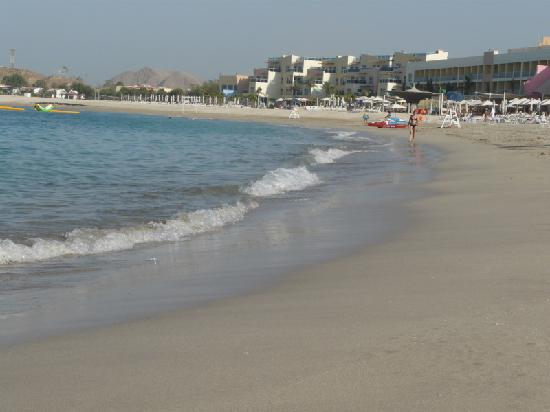 Radisson Blu Resort Fujairah: Der Sandstrand