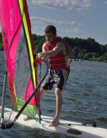 Exton, Pensilvania: Sailing on March creek lake