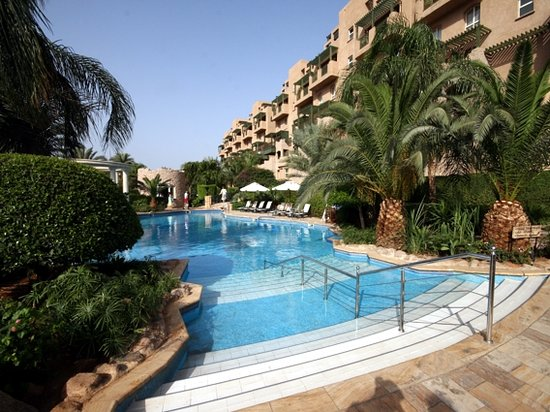 Mövenpick Resort & Residence Aqaba: einer der Pools