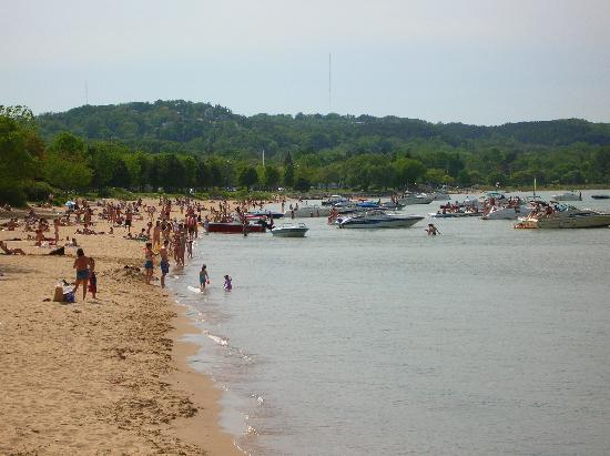 Traverse City, MI: The Beach at West Bay
