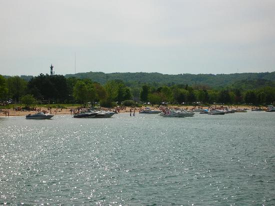 Traverse City, MI: Boats on West Bay
