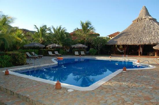 Casa Caracol : Pool & Reception