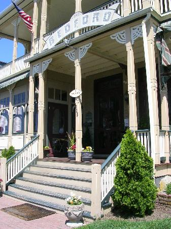 Bedford Inn - Front Porch