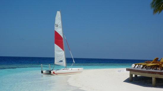Angsana Ihuru, Maldives : Catamaran sailing