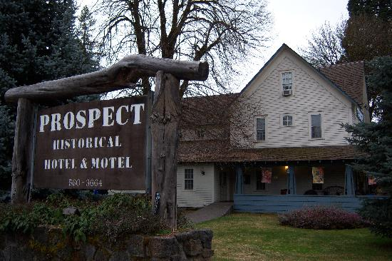 Prospect Historic Hotel - Motel and Dinner House: exterior