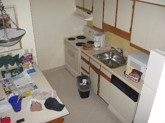 Residence Inn Boca Raton: kitchen