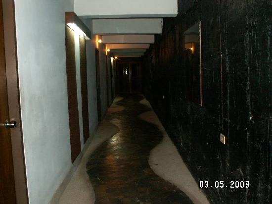 Hinsuay Namsai Resort Hotel: Room doors - Hinsuay Namsai Resort, Rayong