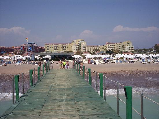 Silence Beach Resort: hotel (view from beach)