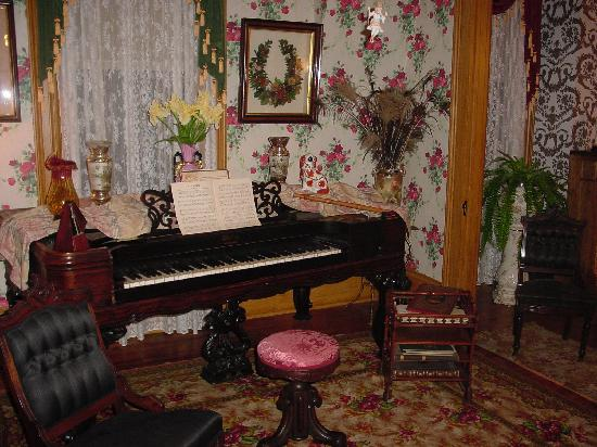 Beyer Home Museum: Inside The Beyer Home