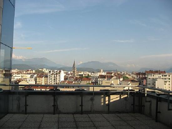Novotel Grenoble Centre: View of Grenoble from hotel
