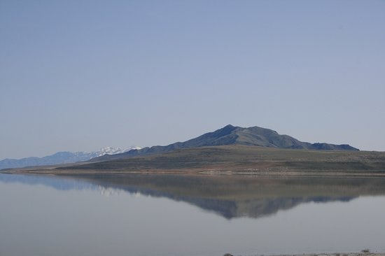 Syracuse, UT: Mountain reflection