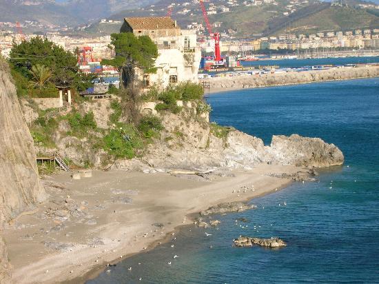 Hotel La Lucertola: Vista dal terrazzo su Vietri sul Mare