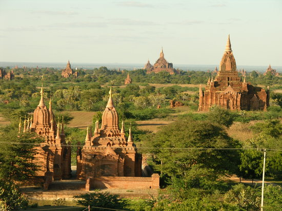 Bagan in daylight