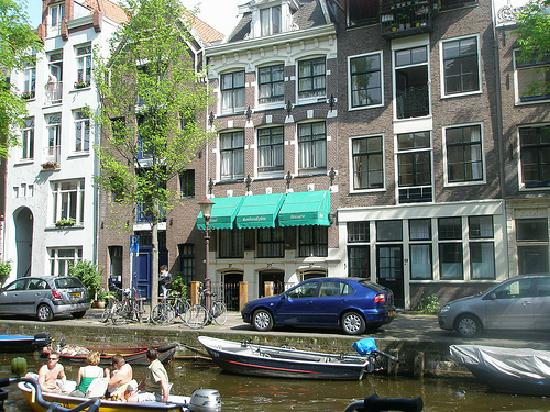 canal view picture of rembrandtplein hotel amsterdam. Black Bedroom Furniture Sets. Home Design Ideas