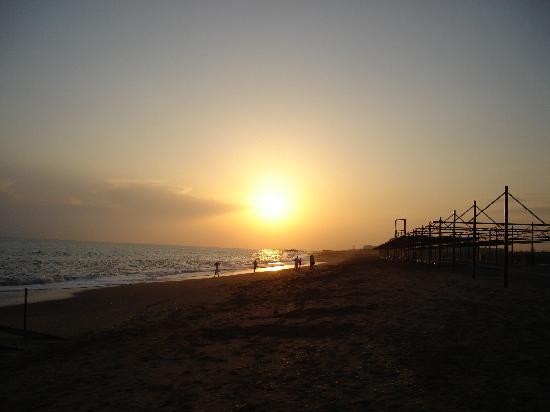 Club Calimera Serra Palace: couchée de soleil sur la plage