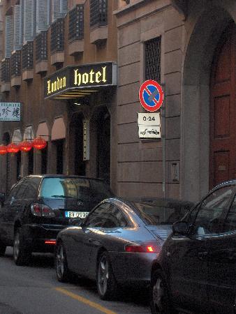 London Hotel: hotel