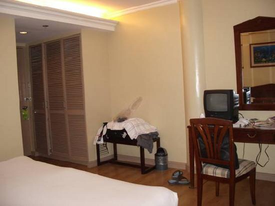 Hotel Fleuris: Our Hotel Room