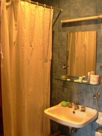 Hotel San Valentino: Bathroom
