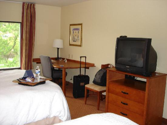Hampton Inn Champaign/Urbana: room 2