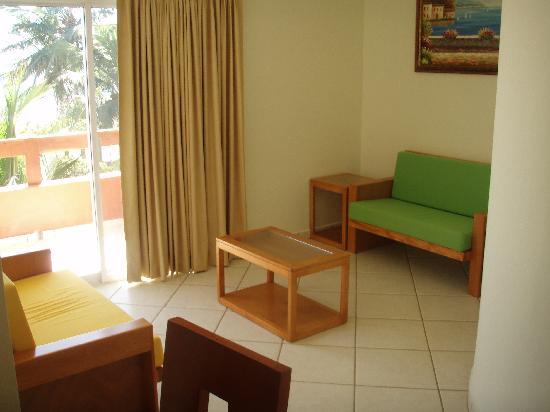 Stone Island Gardens: Our livingroom @ Stone Island Hotel