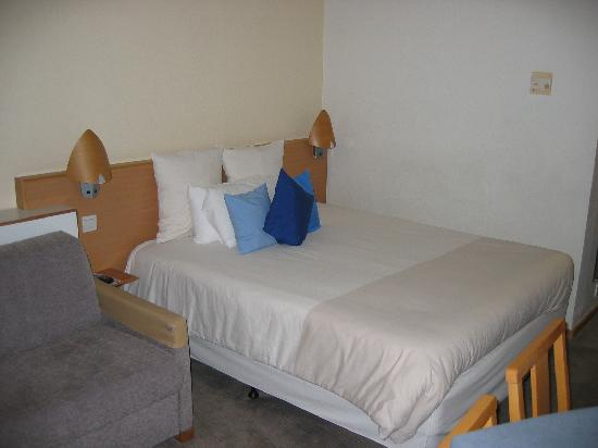 Novotel London West: habitacion