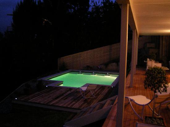 Decks of Paihia Luxury Bed and Breakfast : Swimming Pool