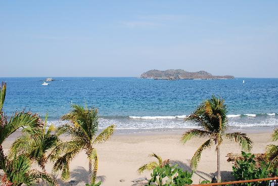 Club Med Ixtapa Pacific: The beach