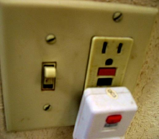 Super 8 Chambersburg I-81: Light Switch and Hairdryer Plug