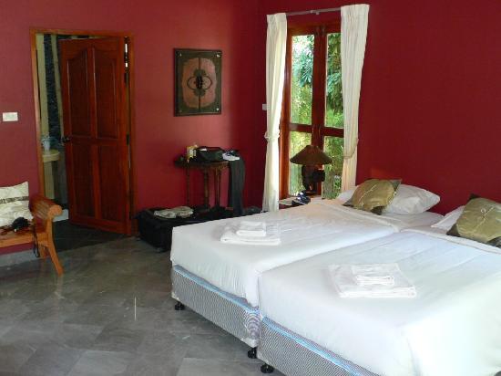 Oriental Kwai Resort: Garden View Cottage - Bedroom