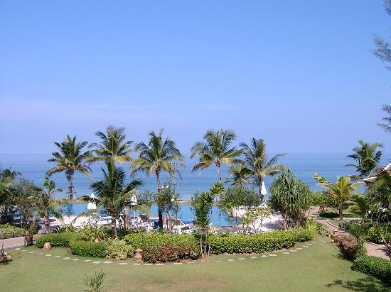 Lanta Casuarina Beach Resort: Pool