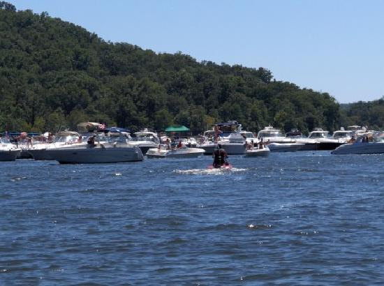 Lake of the Ozarks State Park : Party Cove