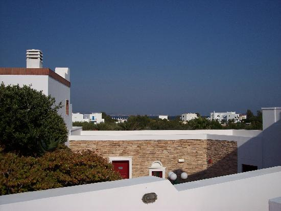 Porto Naxos Hotel : This shows you how far away the beach is.  Now in fairness, the hotel pool is lovely (unheated)