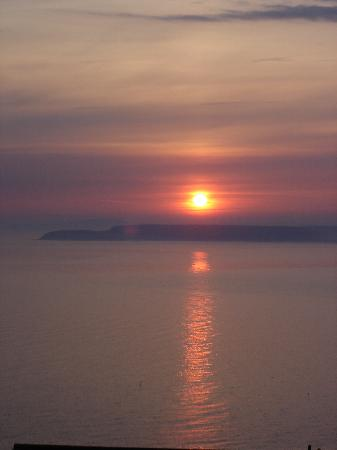 Blue Hayes Hotel: Sonnenaufgang vom Zimmer aus