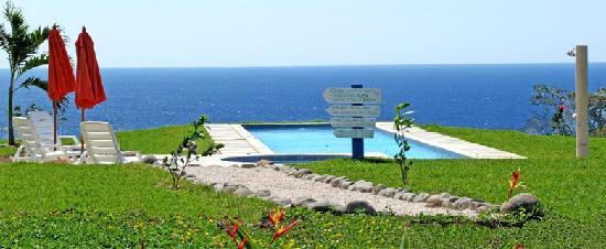 Hotel Casitas Sollevante: Sea view