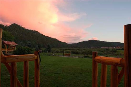 Red Setter, Arizona's Riverside Retreat: Beautiful landscape!