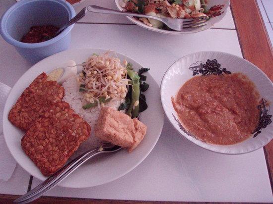 Warung Yogya: Nasi Pecal, Campur and Peanut Sauce