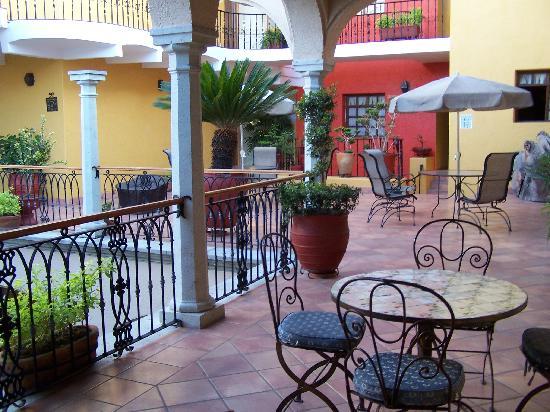 Hotel CasAntica: Hall 1 de l'hôtel