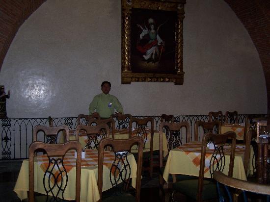 Hotel CasAntica: Restaurant pour le petit-déjeuner