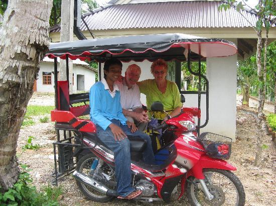 Sunda Resort: the sidecar tuk tuk