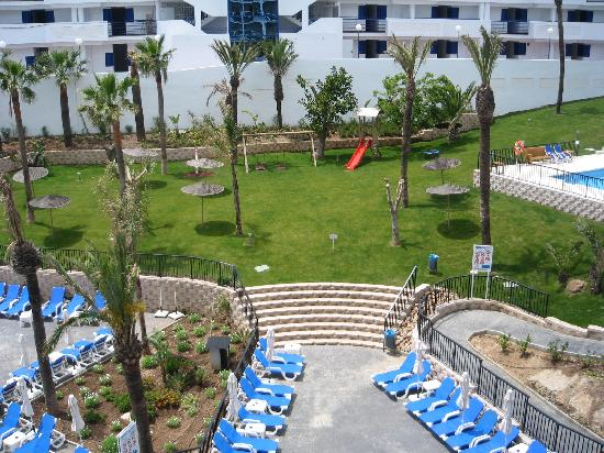 Hotel Los Patos Park: View from 3rd Floor