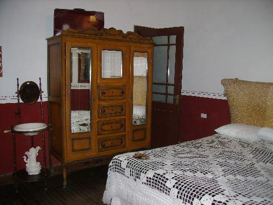 Hotel Boutique San Felipe El Real: inside one of the beautiful rooms