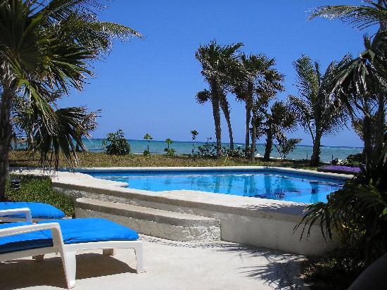 Villa Dolce Vita - Soliman Bay: poolside